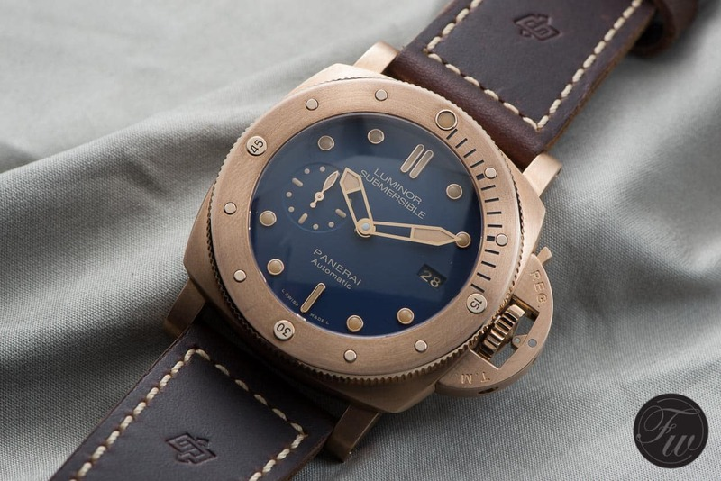 Hands-On With The Panerai PAM 671 Luminor Submersible 1950 3 Days Automatic Bronzo